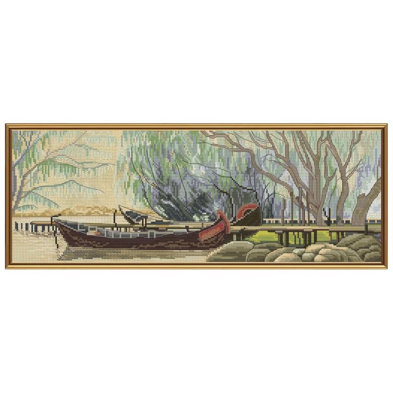"""Набір для вишивки нитками на канві з фоновим зображенням """"Дунайська гавань"""""""