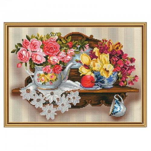 """Набор для вышивки нитками и бисером на канве с нанесенным фоновым изображением """"Цветочный романс"""""""