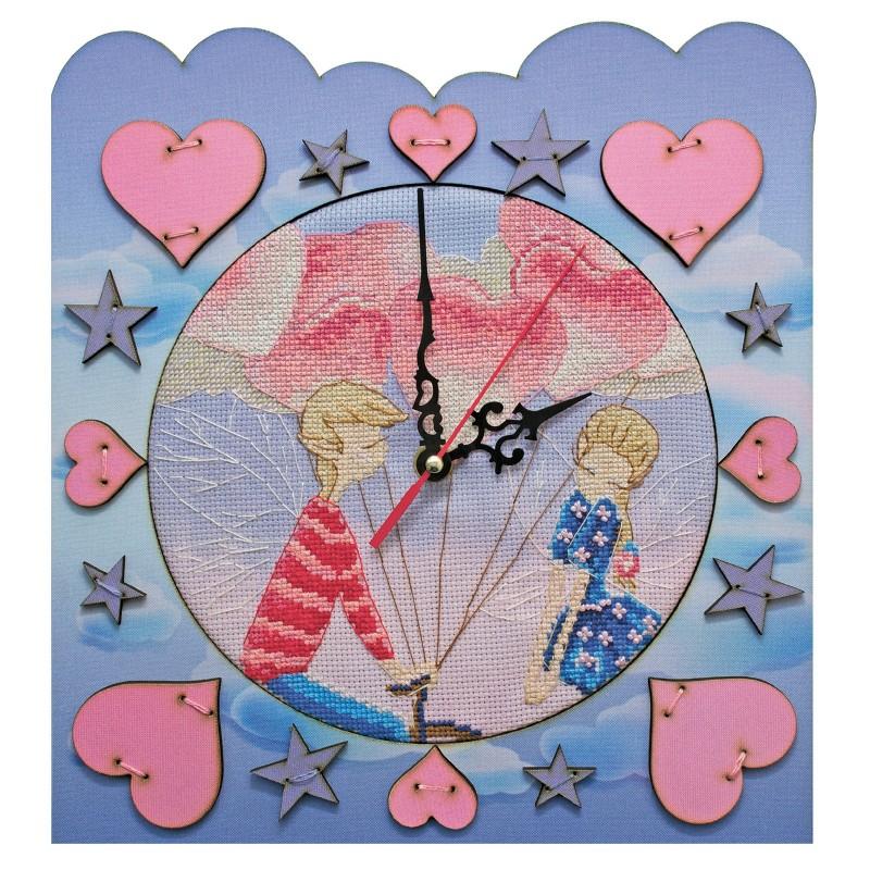 """Набір для створення годинника з вишитою основою """"Час кохання"""""""