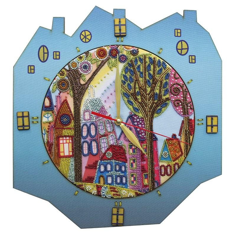 """Набір для створення годинника з вишитою основою """"Яскраве місто"""""""