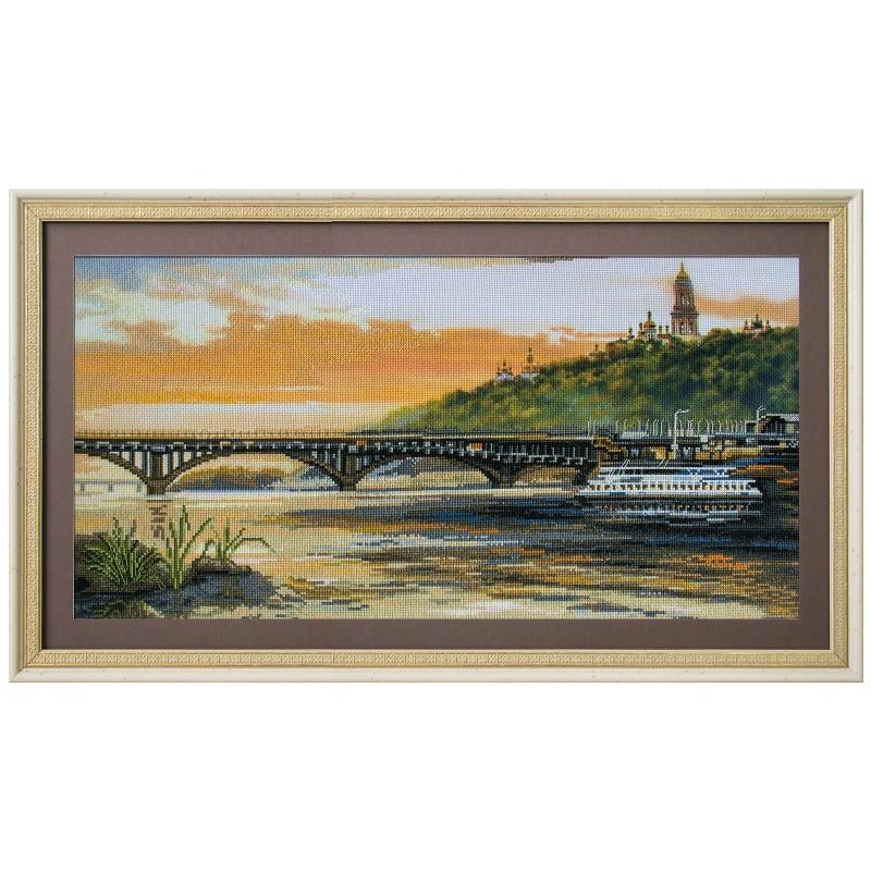 """Набор для вышивки нитками на канве с нанесенным фоновым изображением """"Днепровские склоны"""""""