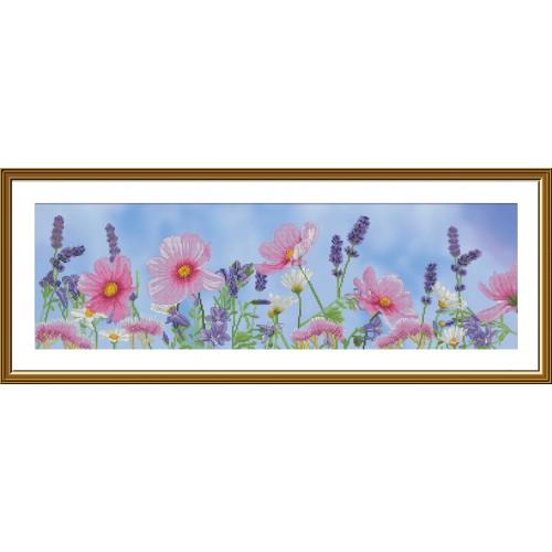 """Набор для вышивки нитками на канве с фоновым изображением """"Полевые цветы"""""""