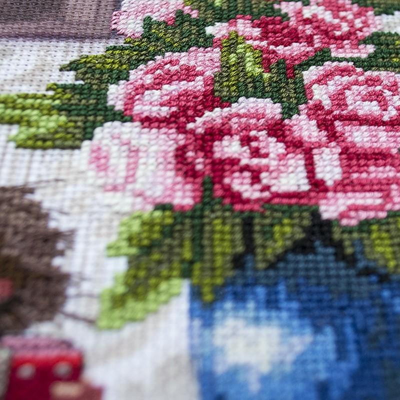 """Nova Sloboda - Набір для вишивки нитками на канві з фоновим зображенням """"Домовик з гармошкою"""" / фото №90"""